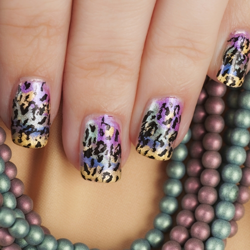 3 nail art trends that have us in a fren...