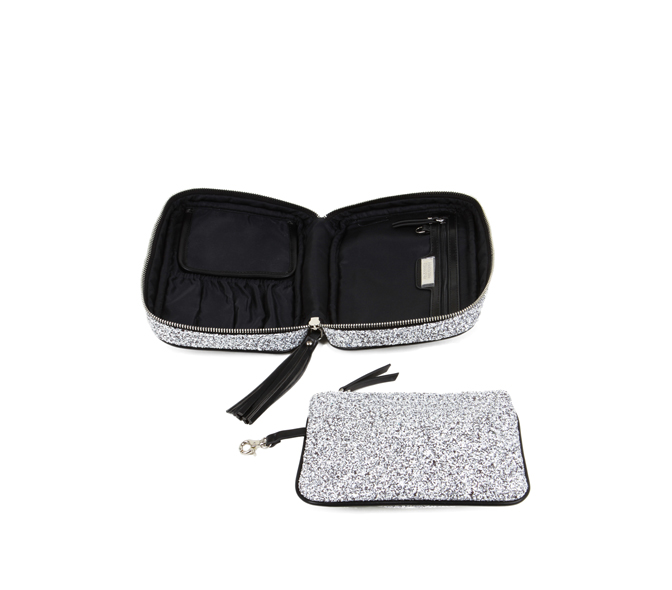 hudson + bleecker etoil avion cosmetic case open