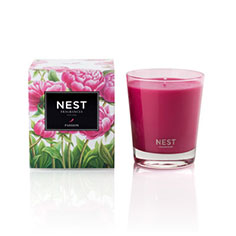 nest fragrances classic candle (passion)