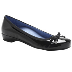 vionic with orthaheel technology olivia shoe - black patent